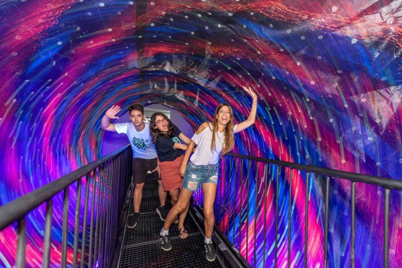 소용돌이 터널